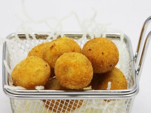croquetas-jamon-galeria_rocio-tapas-sushi-800x600